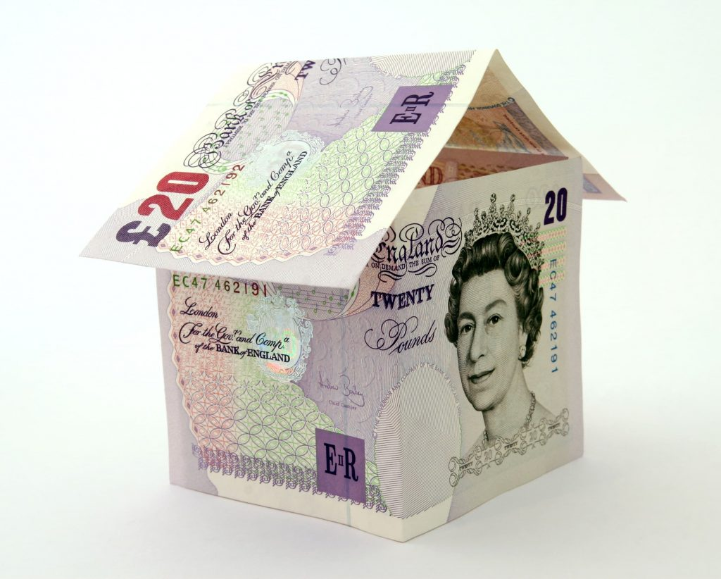 2 £20 notes in the shape of a house
